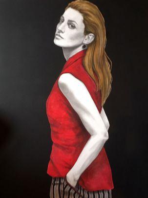 Figura con camicia rossa